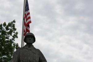 Statue of Ssgt. Raymond P. Olson.